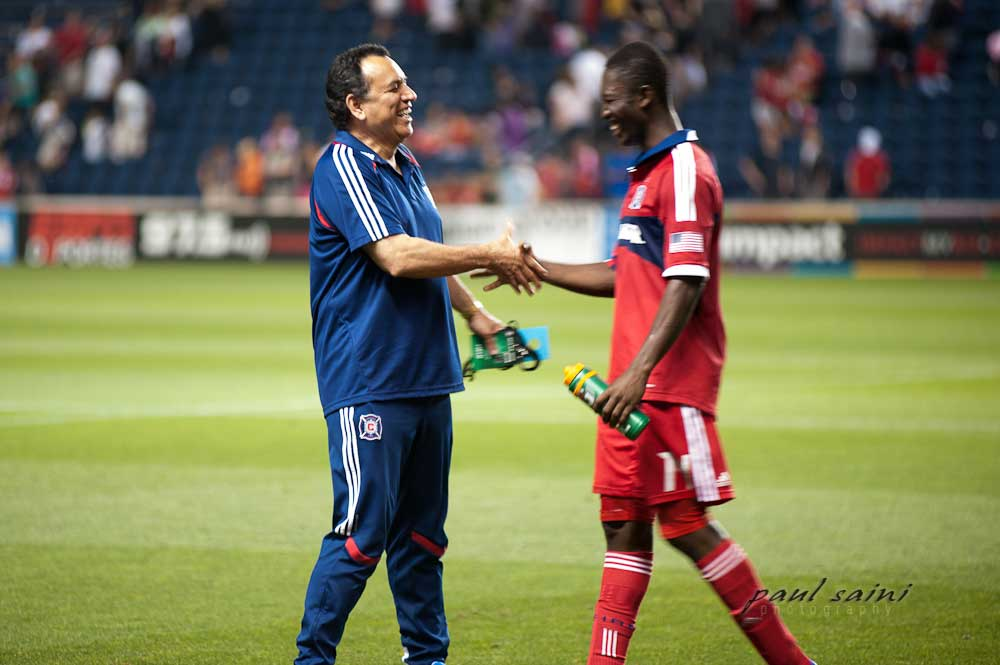Dr Munoz shaking hands with Major League Soccer Chicago Fire Player